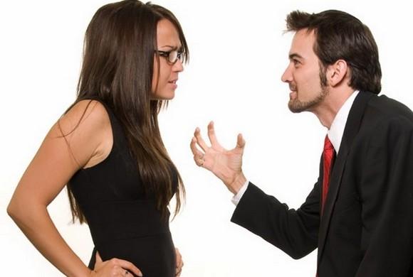 О чём говорят ссоры, придирки и недовольство мужчины?