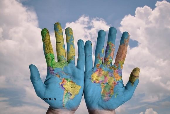 То, что происходит вокруг-реальность, выстроенная нашими руками